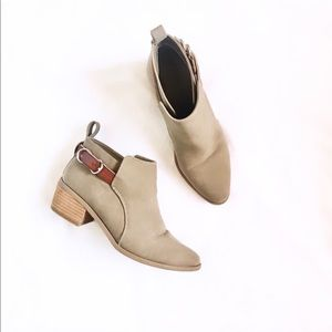 American Eagle • Taupe Faux Suede Buckle Booties